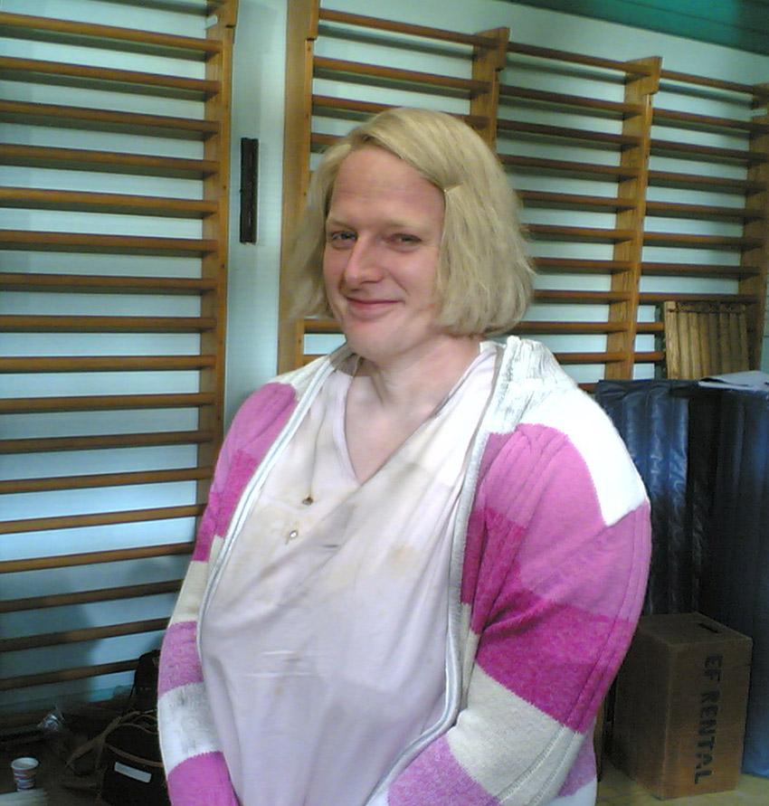Kvindelige ynde a la Dennis Albrethsen - Hvordan slipper vi af med de andre 2005