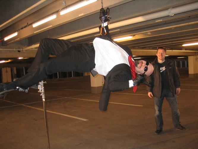 Dennnis Albrethsen og Brian Mørk i gengivelse af Matrix-scene til Zulu Award Show 2008