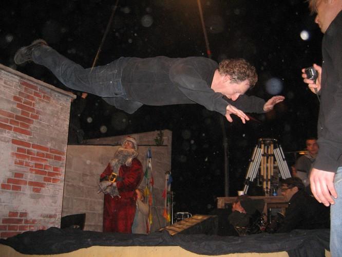 11_stuntman_dennis_albrethsen_large_13 Julefrokosten