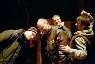 Dennis Albrethsen sammen med drengene fra Rejseholdet Rejseholdet - 2003